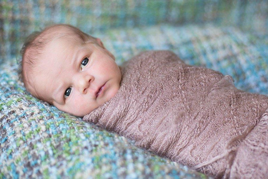 Pinimage pueblo newborn photographer