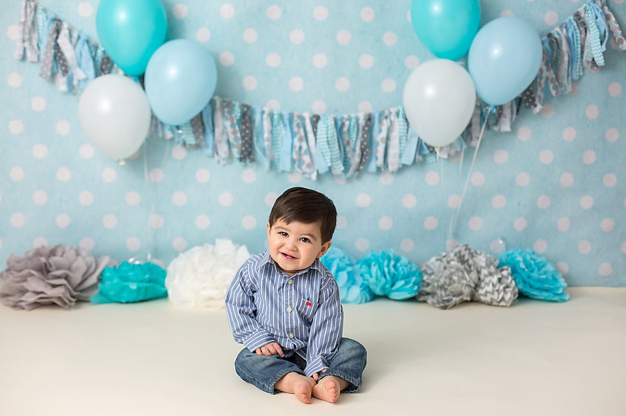 Light Blue And Grey Cakesmash First Birthday Session By Colorado Springs Photographer K D Elise Photography