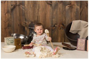 Chef themed cake smash session by Colorado Springs photographer K.D. Elise Photography.